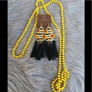 "Cute 60"" yellow necklace"